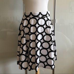 NWT Amanda & Chelsea black and white skirt
